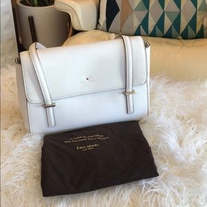 White Kate Spade shoulder bag